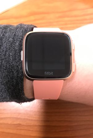 Fitbit Versa Pink - Large band. Excellent condition for Sale in Parma, OH