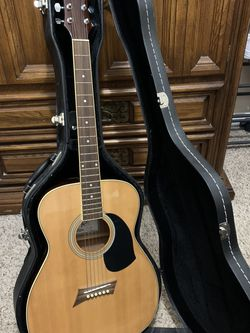 Guitar plus case for Sale in Manassas,  VA