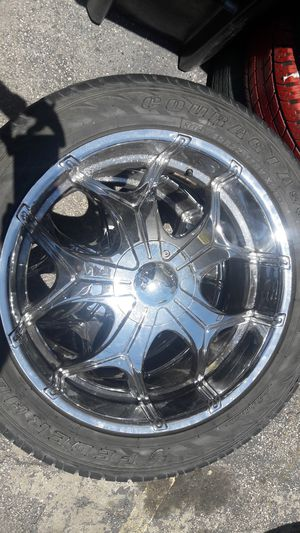 4 Rim and tire 305/45R 22 for Sale in US