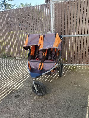 BOB stroller double for Sale in Hayward, CA