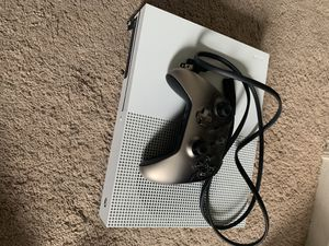 Selling Xbox One 1TB for Sale in Lancaster, PA