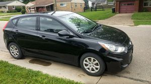 2012 Hyundai accent for Sale in Fairfield, OH