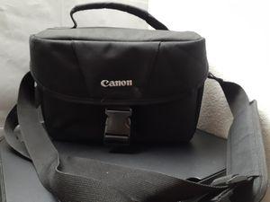 Canon Dslr camera bag for Sale in Bakersfield, CA