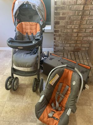 Graco car seat stroller and pack and play set for Sale in West Terre Haute, IN