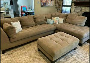Sectional w ottoman for Sale in Columbus, OH