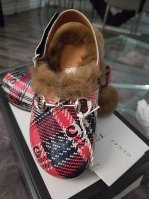 Baby gucci shoes 11y 111/2 for Sale in GLMN HOT SPGS, CA