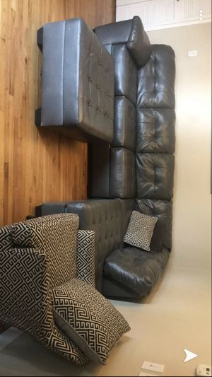 Gardner white grey leather couches for Sale in Dearborn, MI