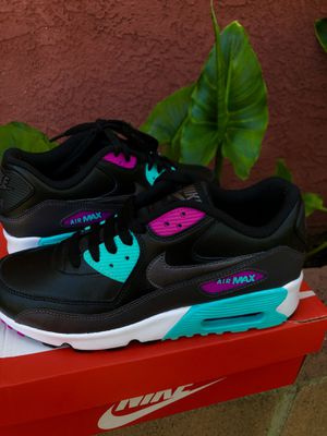 Nike Air Max 90 for Sale in Los Angeles, CA