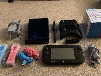 Wii U and games for Sale in Newberg,  OR