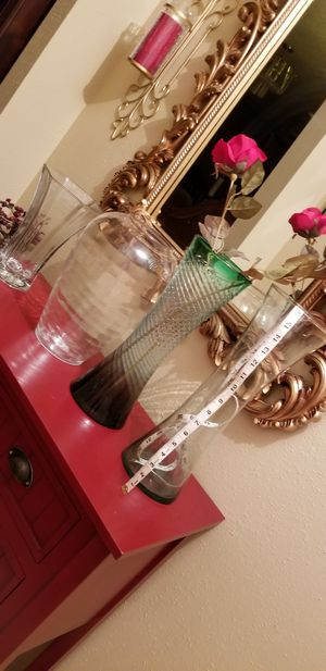 Vases for mother's day for flowers 5.00 for Sale in San Antonio, TX