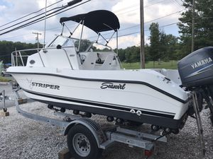 2003 Striper Seaswirl 150 outboard motor excellent condition $12,000 for Sale in Gaithersburg, MD