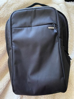 EUC Incase Black 15 Inch Laptop Backpack for Sale in Chandler, AZ