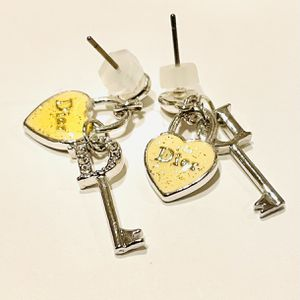 Ladies Earrings / Fashion Jewelry - New for Sale in Fullerton, CA