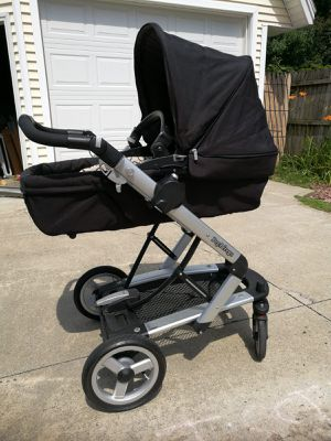 Peg Perego stroller bassinet convertible for Sale in Westfield, MA
