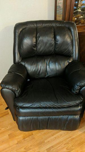Brand new black Ashley swivel recliner for Sale in Chehalis, WA
