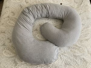 Snoogle Pregnancy Pillow for Sale in Stafford, VA