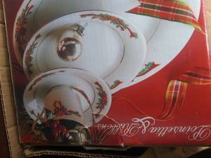 Beautiful Christmas Dishes for Sale in Dickson, TN