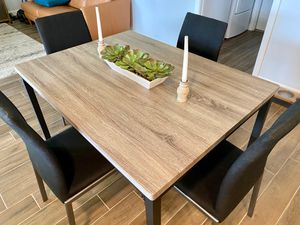 Dining table and chair set for Sale in Phoenix, AZ