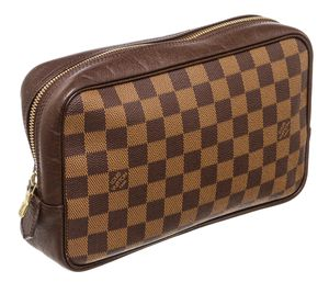 Louis Vuitton toiletry bag for Sale in Glenn Dale, MD