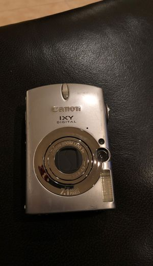 Canon IXY Digital pc 1169 camera and charger w SD card for Sale in Phoenix, AZ