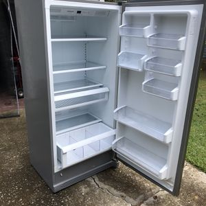 19 Cu. Ft. Stainless Steel Frigidaire Gallery Refrigerator for Sale in Columbia, SC