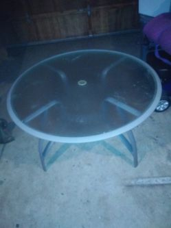 Nice Round Glass Top Table for Sale in Kent,  WA