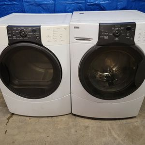 Kenmore Washer And GAS Dryer Set Good Working Condition Set For $379 for Sale in Lakewood, CO