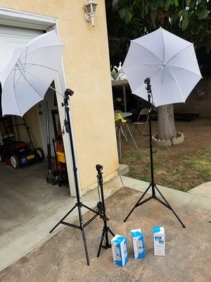 Hey you tubers, video lights (new) for Sale in Rosemead, CA