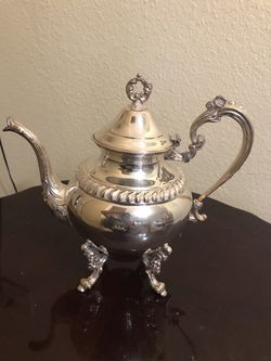 Sheridan silver on copper tea pot for Sale in Glendora,  CA
