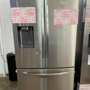 Brand New Samsung 3 Doors Big Capacity 208 Small Hill Dr 75050 for Sale in Grand Prairie, TX