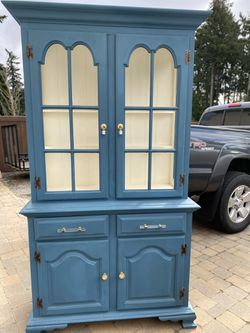 Painted China Hutch for Sale in Puyallup,  WA