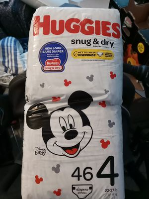 Huggies size 4 for Sale in Cape Coral, FL