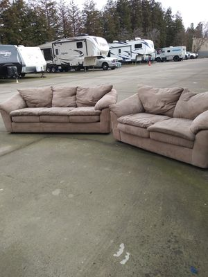 Couch and loveseat $60 for Sale in Modesto, CA