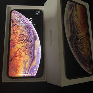 iPhone Xs Max for Sale in Ontario, CA