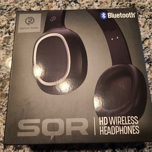 Wireless Bluetooth Headset for Sale in Belleville, MI