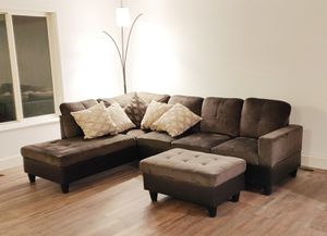 Sectional sofa with ottoman for Sale in Maple Valley, WA