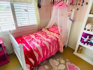 Princess Bed (Twin Size) with flower canopy and Mattresses included for Sale in Laguna Beach, CA
