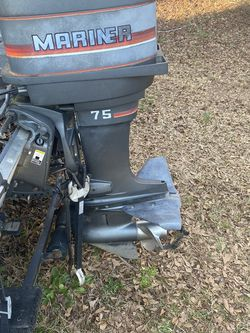 75 Horse Mariner Motor For Parts for Sale in Fountain Inn,  SC