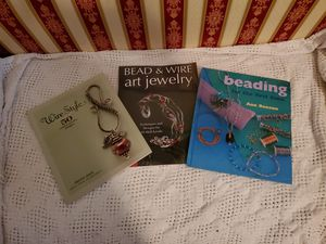 Jewelry Making Book Bundle/porch pickup only near Lexington High School for Sale in Lexington, SC
