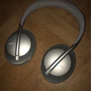 Bose Noise Canceling Headphones for Sale in Jersey City, NJ