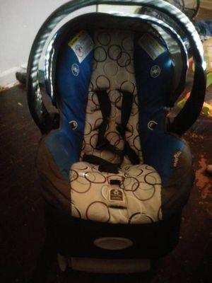 Evenflo boy infant car seat for Sale in Wichita, KS