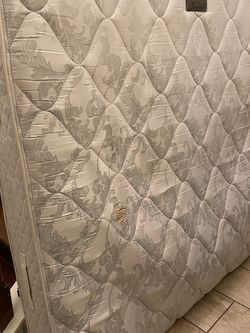 Free Mattress for Sale in Houston,  TX