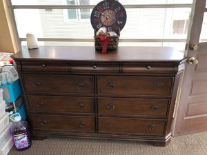 Dresser for Sale in Everett, MA