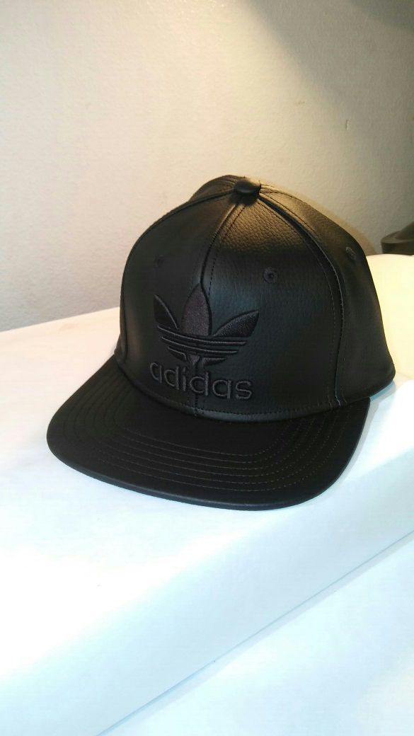 646014502da Adidas Originals Trefoil Chain Snapback Mens Hat Black  B94098 for ...