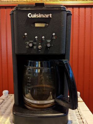 Cuisinart Coffee Maker for Sale in Cleveland, OH