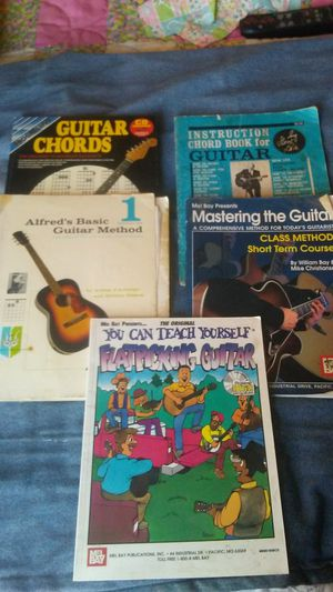 Group of 5 Books on Guitar Lessons for Sale in Oroville, CA