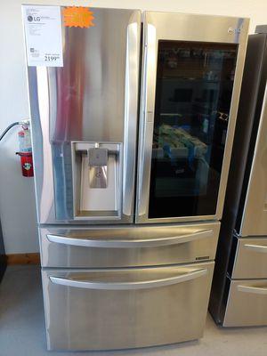 Lg French door in door fridge for Sale in Chandler, AZ
