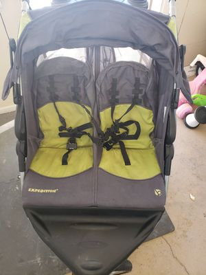 Double jogger stroller for Sale in Penrose, CO