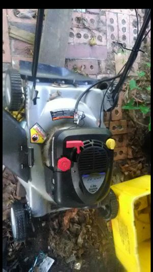 Self proppelled lawn mower for Sale in Winter Haven, FL