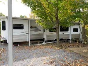 Hampton 38' camper for Sale in Dillsburg, PA